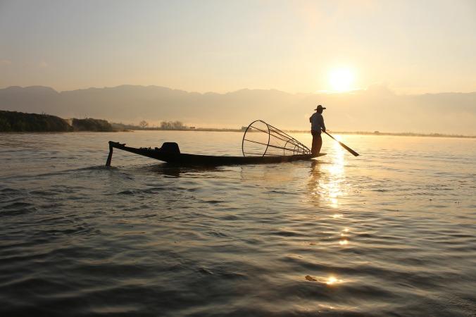 fisherman-239487_1920 (1).jpg